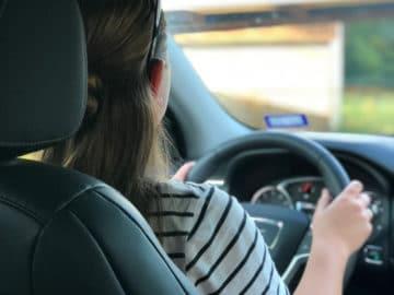 Comment choisir la meilleure voiture pour un jeune conducteur?
